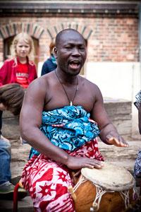 Besuch aus Ghana in der Ev. Grundschule Babelsber