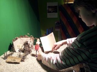 Unter Trickfilm versteht man, dass eine Puppe oder ein Gegenstand bewegt werden sollen.
