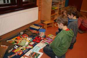 2009-11-weihnachten-im-schulkarton-002w