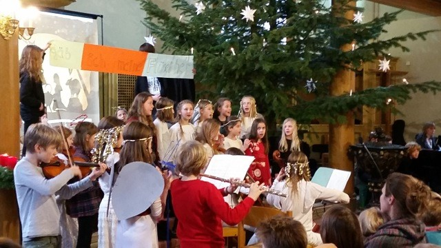 2015-12-25 Weihnachtsgottesdienst1.jpg